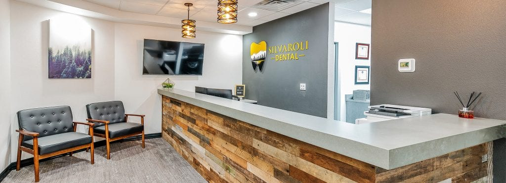 Silvaroli Dental